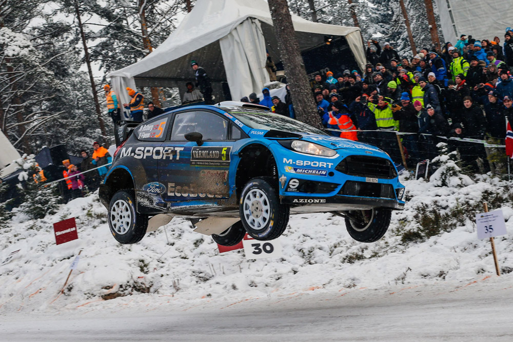 ØSTBERG ON COURSE FOR SWEDISH PODIUM